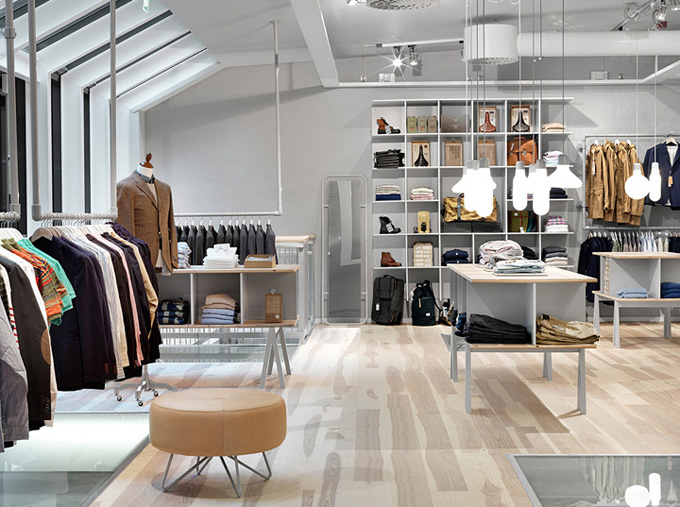 Como decorar uma loja de roupas masculinas del carmen by for Designer stuhle outlet