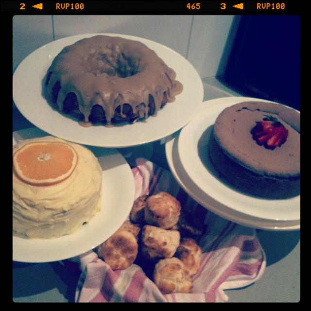 cake overdose : mocha cheesecake >> STARTS WITH CUPCAKES