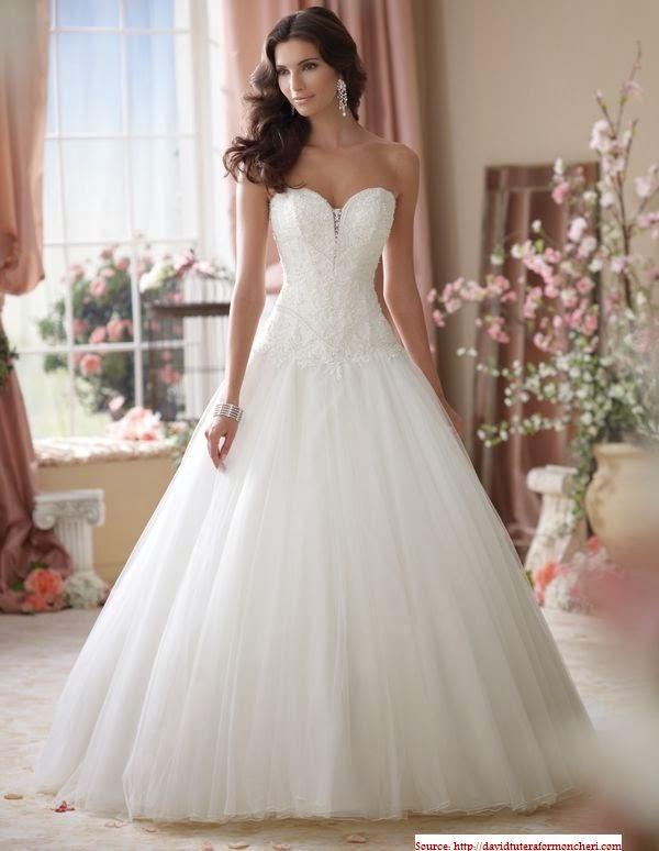 Très jolie robe de mariée 2014