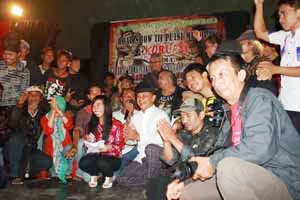 Road Show Puisi Menolak Korupsi III di Banjarbaru