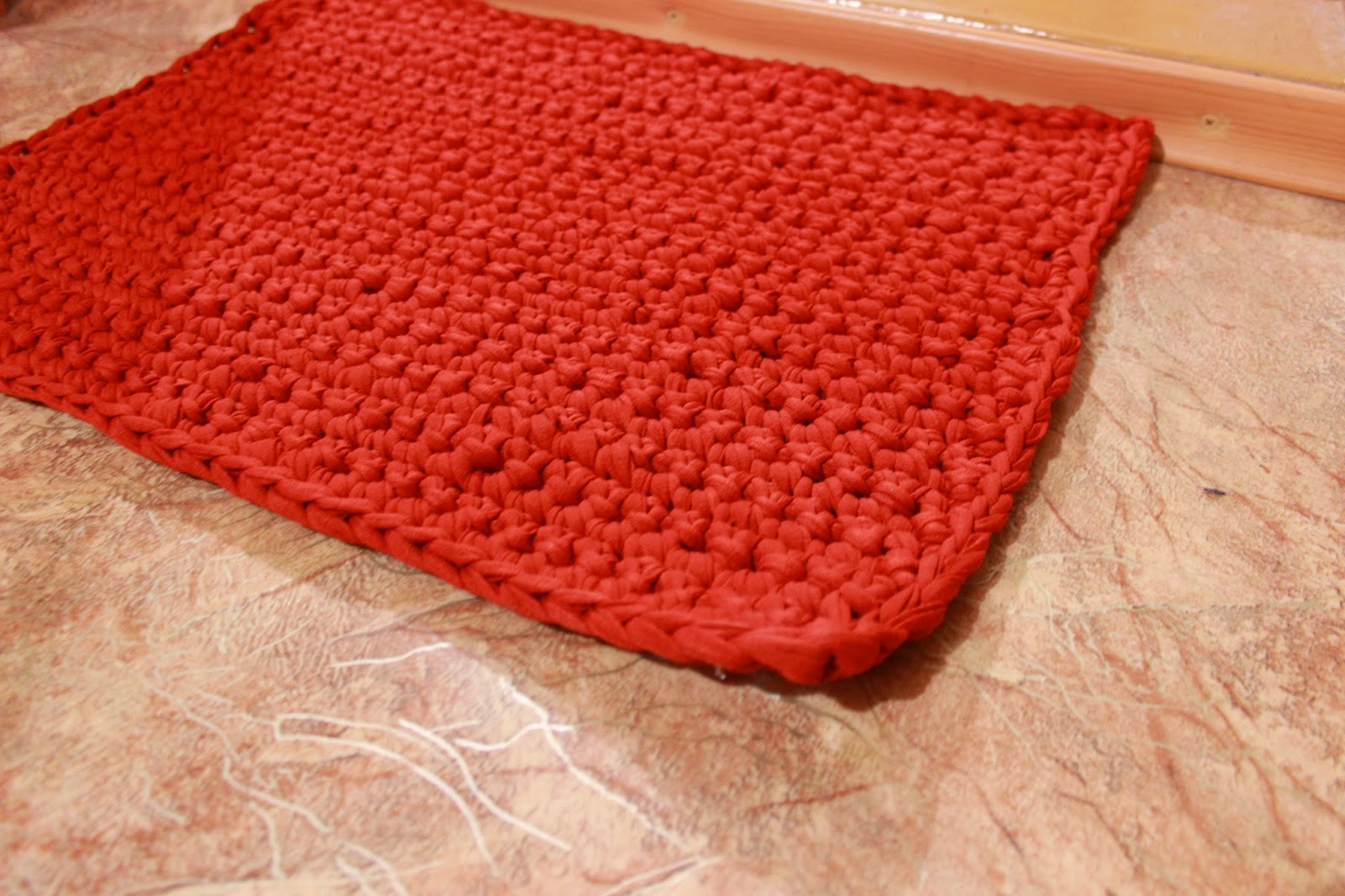 настроение своими руками, сумки, нитки спагетти, вязаный коврик, уютный коврик, вязаная сумка