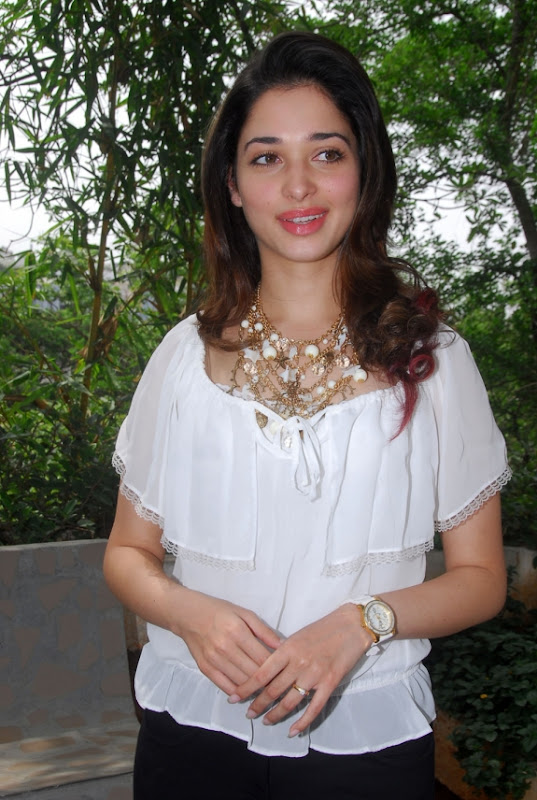 Actress Tamanna New Special Cute Photo Gallery unseen pics
