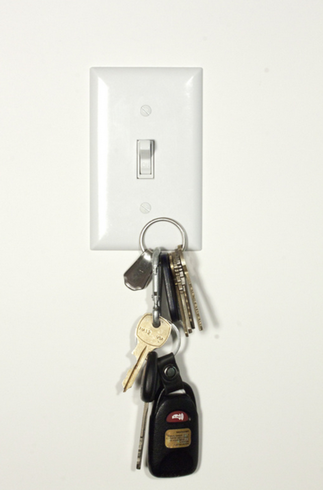 30 Insanely Clever Innovations That Need To Be Everywhere Already - Magnetic light switch covers.
