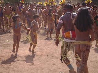 artikel-populer.blogspot.com - Suku Xingu, Suku Yang Masih Telanjang