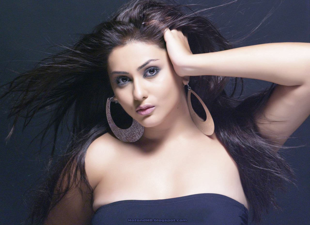 Namitha Hot And Nude Pictures Wallpapers Downloads Full Hd