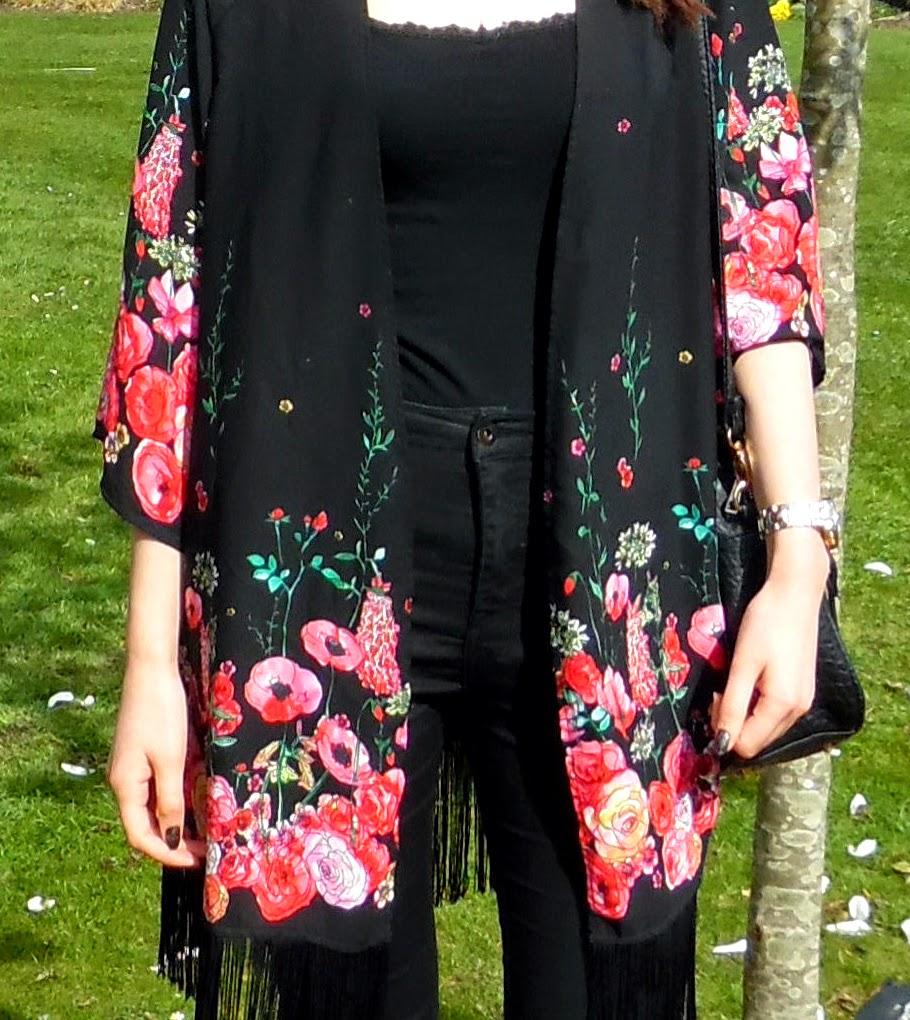 OOTD Magnolias & A Kimono Naomi Upton