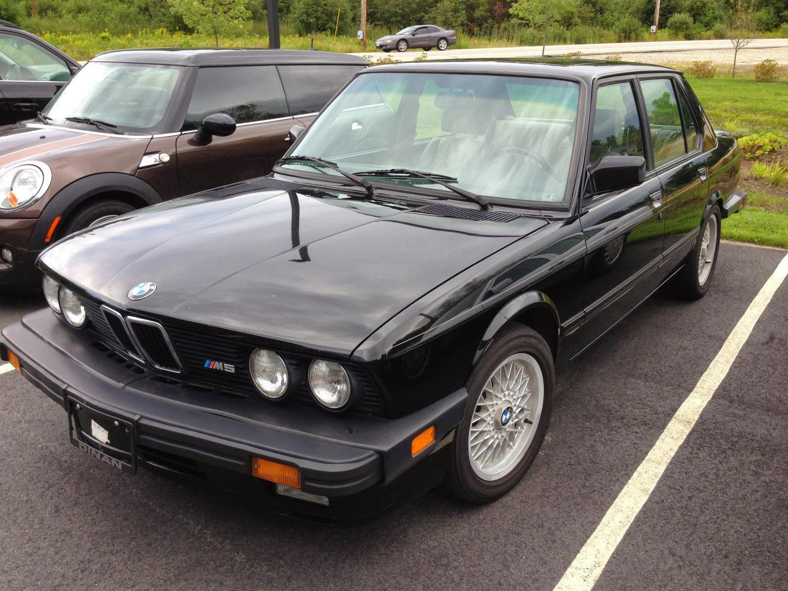 10k: Vader's Family Car: 1988 BMW M5 E28