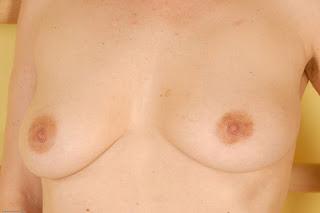 Ordinary Women Nude - sexygirl-kel057JAT_221322033-767426.jpg