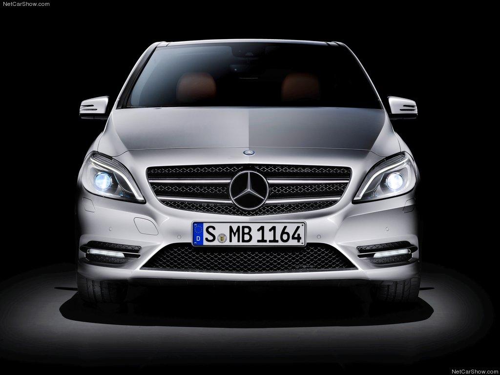 http://2.bp.blogspot.com/-RuVEPcjK9bg/Tlek1895w2I/AAAAAAAAAlE/i1LZXTQ51Ec/s1600/Mercedes-Benz-B-Class_2012_1024x768_wallpaper_23.jpg