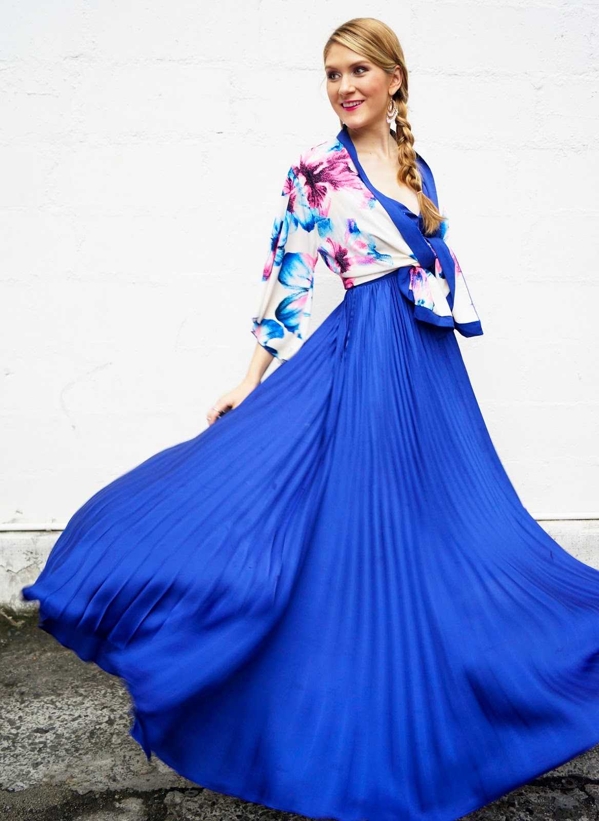 This blue maxi dress is SO pretty!