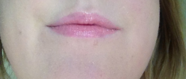 Revlon lip butter pink lemonade