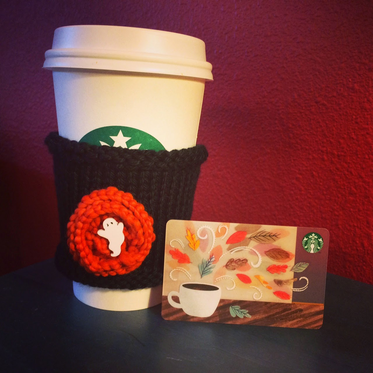 Starbucks Cup Card Starbucks Gift Card And Hand