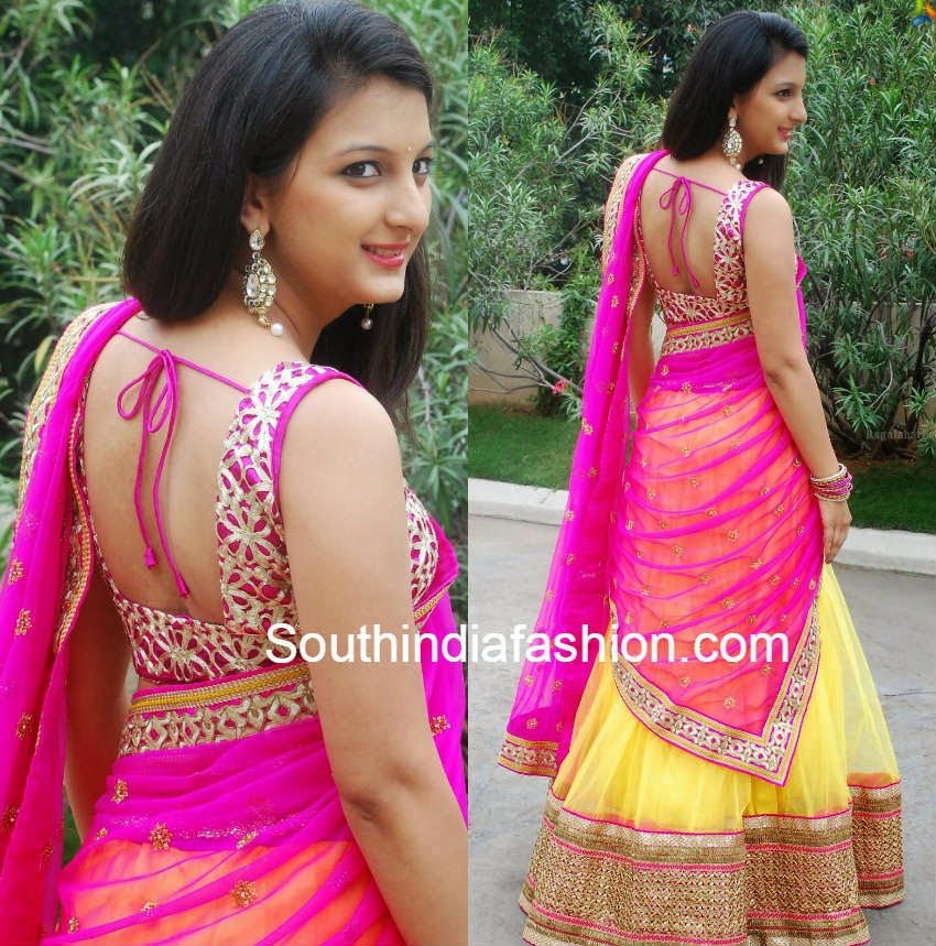 actress sirisha vanka in half saree