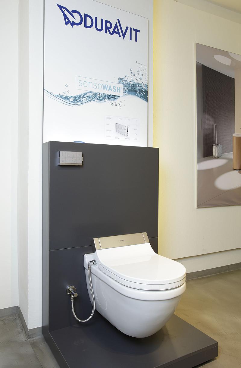 Interiores minimalistas el nuevo showroom de duravit en - Duravit inodoros ...