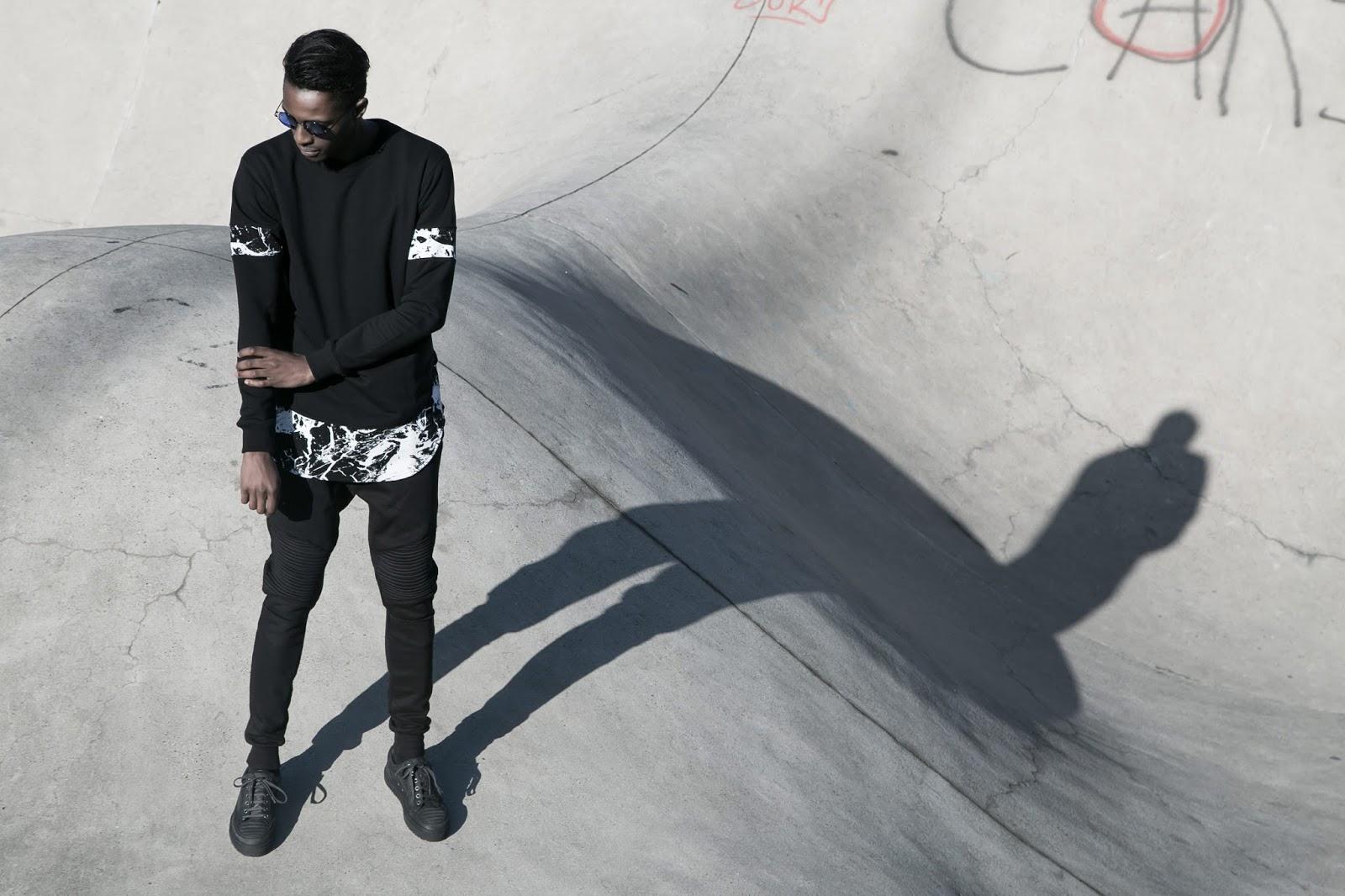 black and white marble crewneck tshirt lookbook urban flavours foh apparel biker jogger etq sneakers freyrs sunglasses antwerp menswear mensfashion blogger