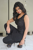 Alekya Photos in Black at Aa Aiduguru Press meet-thumbnail-5