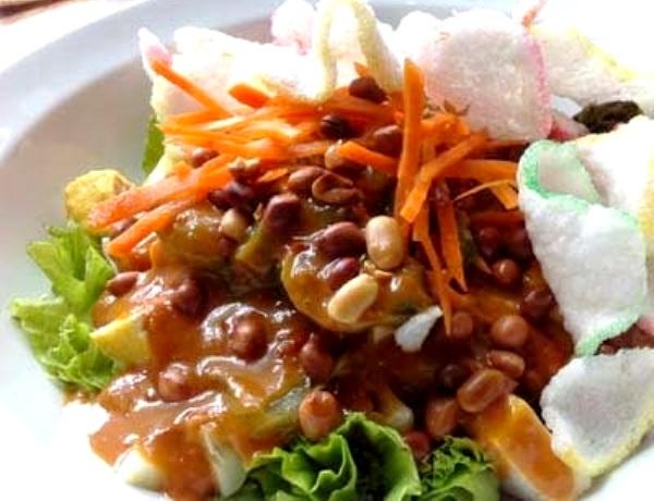 Rujak Tahu. Nusantara Culinary