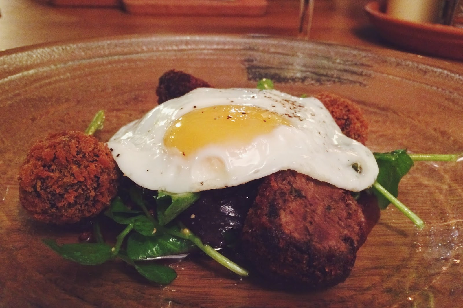 FashionFake, review of The White Hart in Penton. Food bloggers, lifestyle bloggers, where to eat in Hampshire