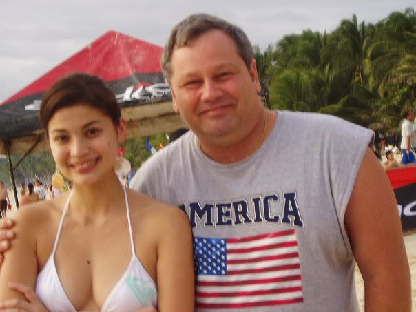 anne curtis boracay candid bikini photo 04