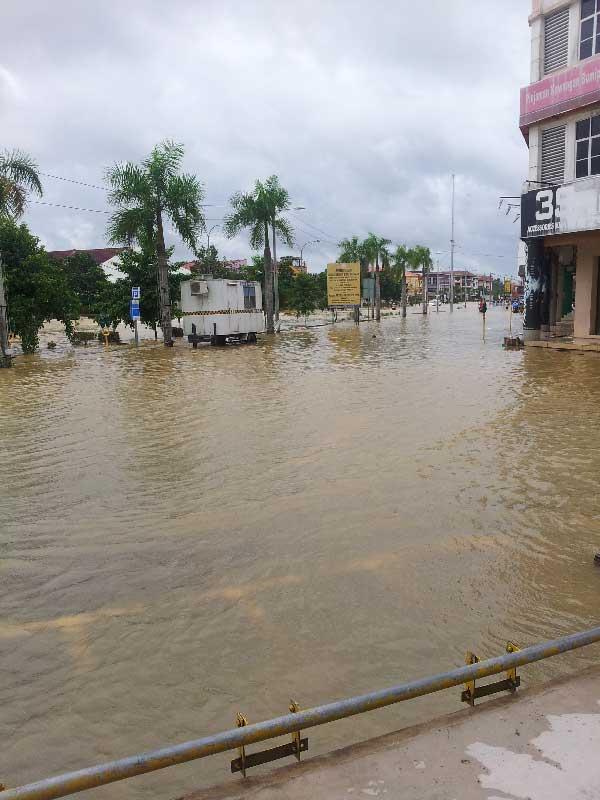 Bantuan Buat Mangsa Banjir