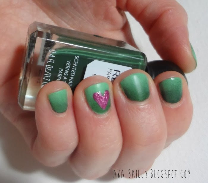 Valentine's Day green ombre nails