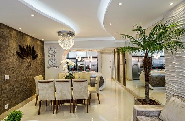 Sala De Jantar Branca De Luxo ~  com formas orgânicas e com iluminação de spots e com fita de Led