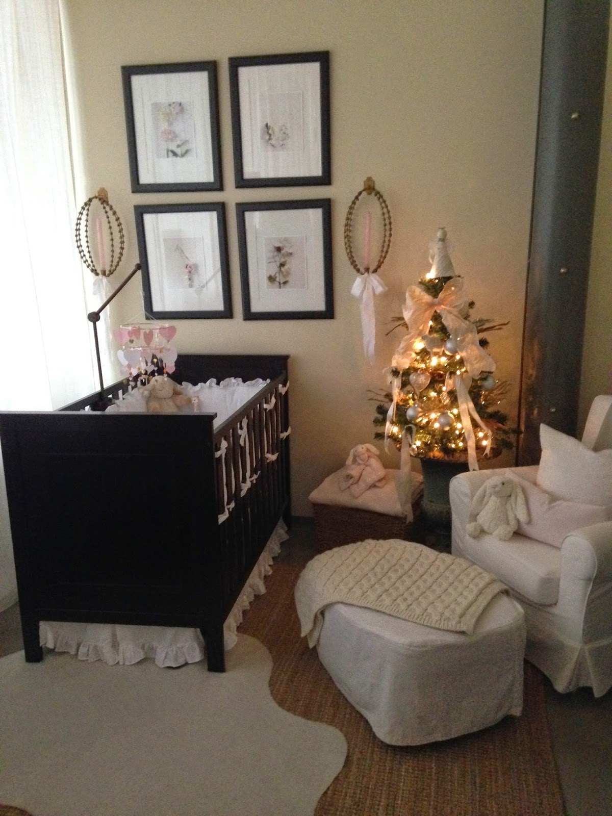 les fleurs : gold and silver : baby nursery : pale pink and white : christmas in the nursery : loft nursery