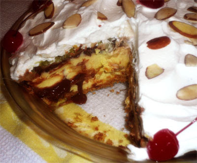 Delicious Banana Split Pie