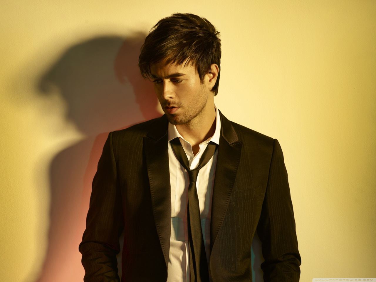 Enrique Iglesias* Enrique - Sad Eyes