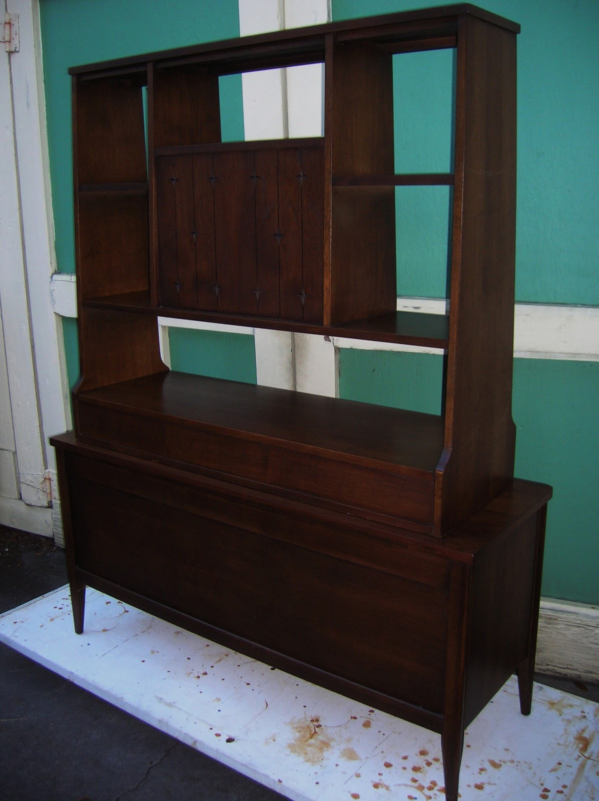A Modern Line Heywood Wakefield refinishing and other mid century