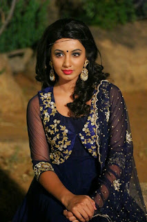 Actress Tejaswi Madivada Pictures in Salwar Kameez at Kerintha Movie Audio Launch  0034.jpg