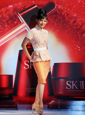 A Timeless Cheongsam, Khoon Hooi, SK-II, Cheongsam, fashion, beauty, mid valley center court, contest winner, fong siew lean, fauziah latiff