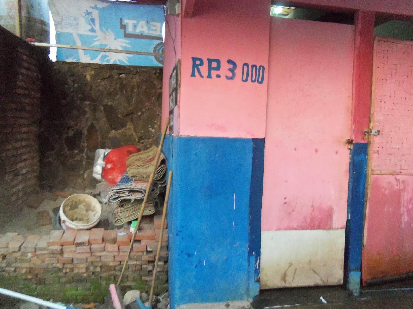wc umum pantai anyer, SMK MUHAMMADIYAH 3 TANGSEL