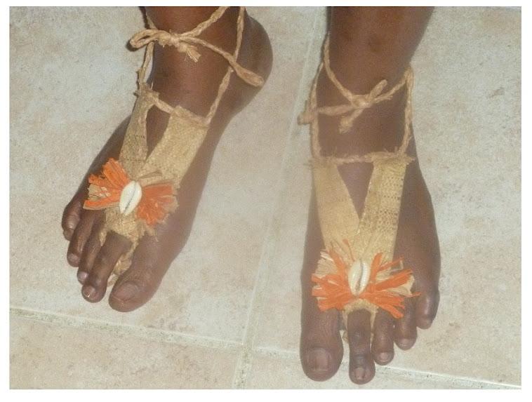 Ornements des pieds de Bertille