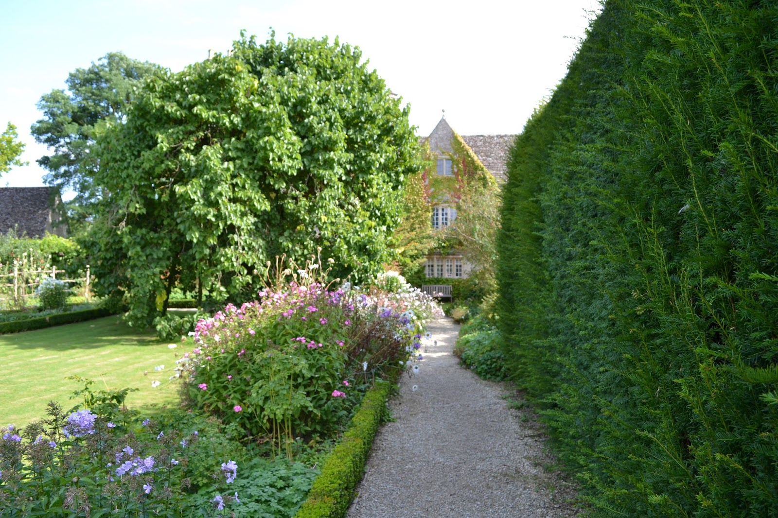 Arts crafts respetar la naturaleza y disfrutar del jard n - Disenador de jardines ...