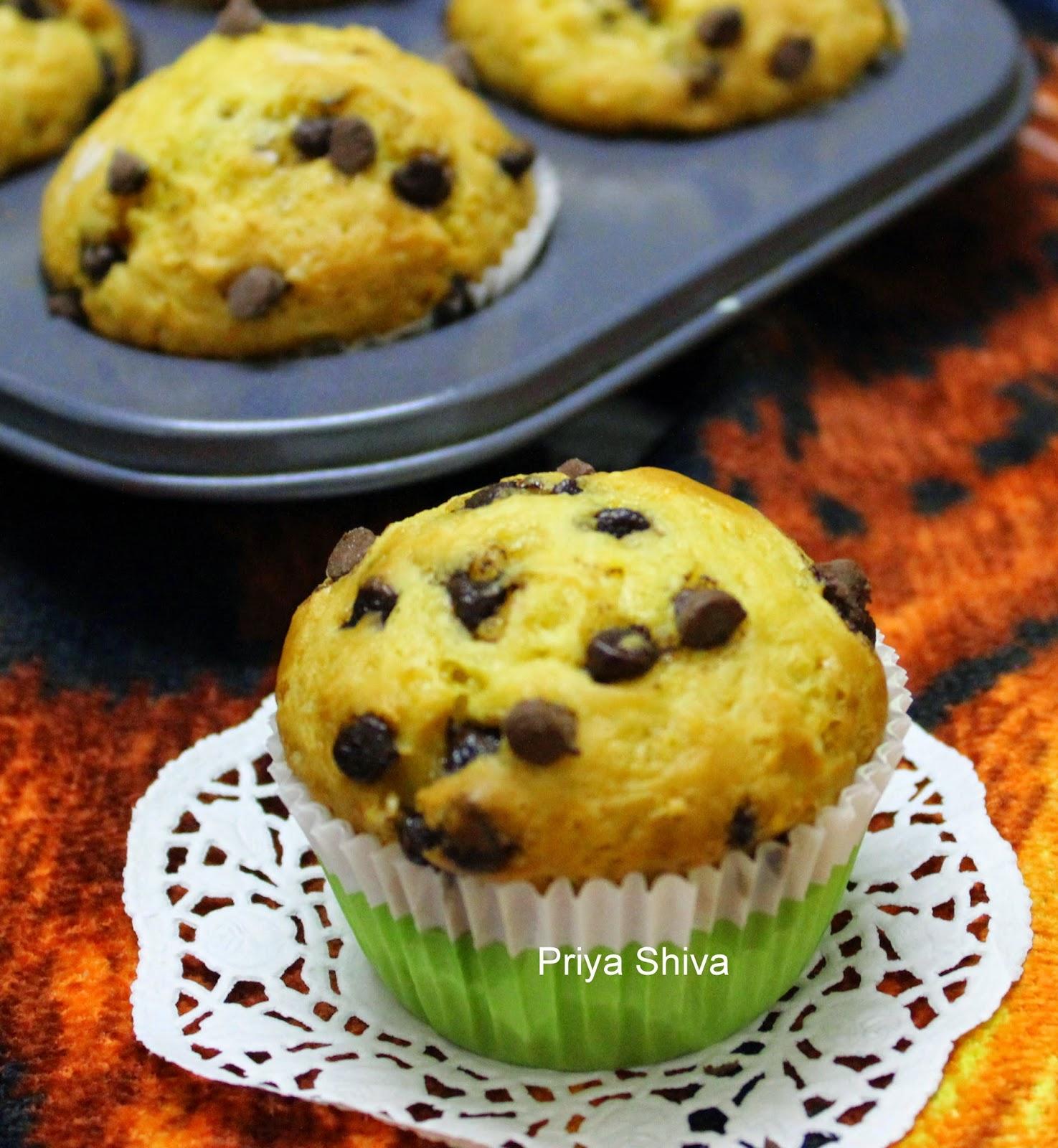 ... kitchenette : Eggless Orange Muffins / Orange Chocolate chip Muffins