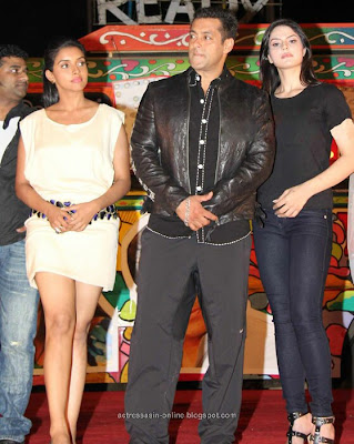 Asin salmankhan at Ready movie audio launch stills