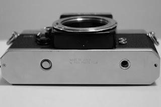Fujica ST801 embos tampak bawah