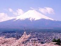 cima nevada del fujiyama
