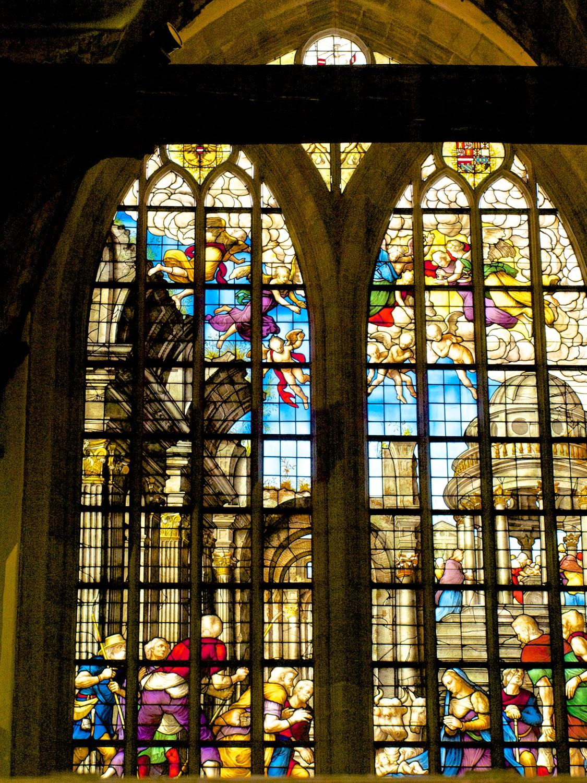 Vidrieras de la Oude Kerk en Amsterdam