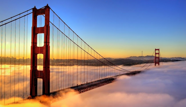 Ponte Golden Gate na neblina