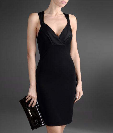 kısa siyah gece elbisesi