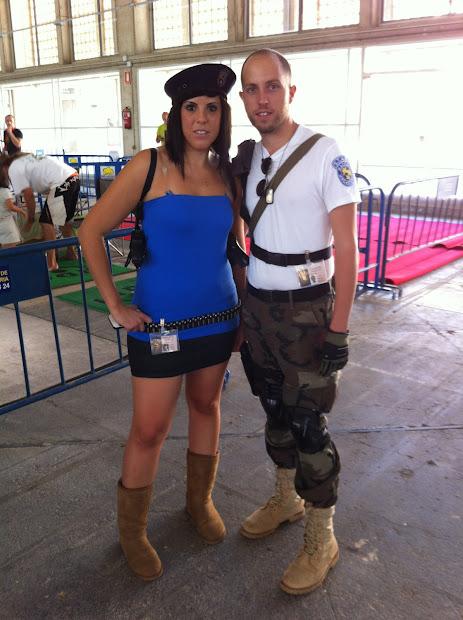 Jill Valentine y un policia de Racoon City en la Comic Con Spain 2012