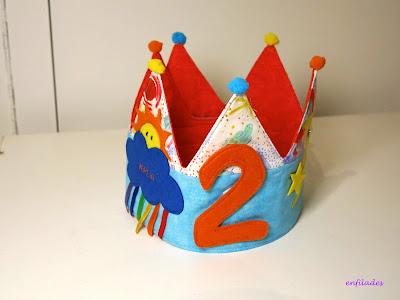 Corones d'aniversari personalitades nens i nenes fetes a mà Enfilades