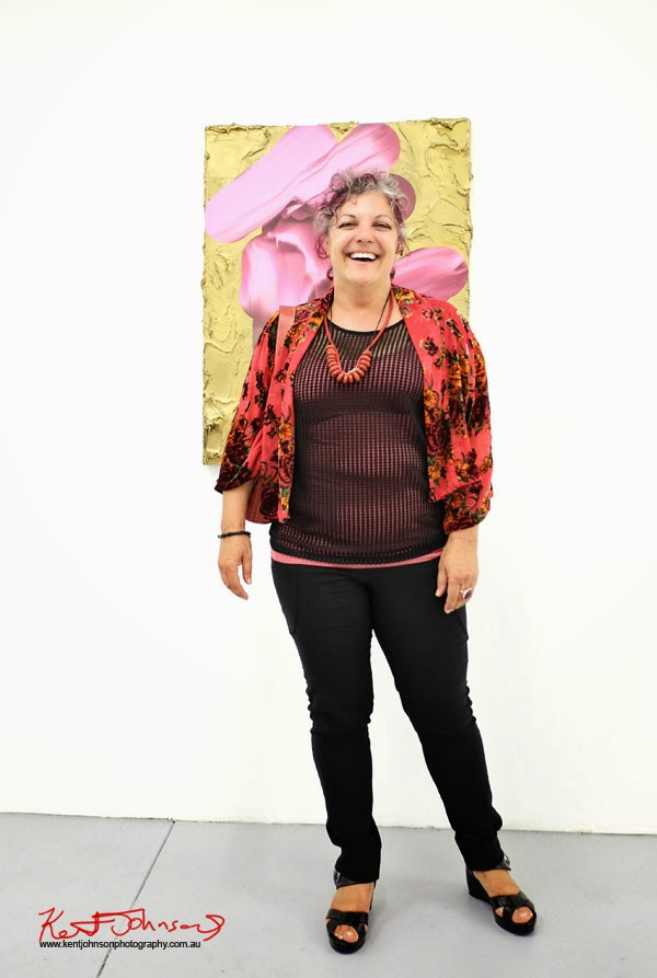 Street Fashion, red and black outfit, Chalk Horse Gallery