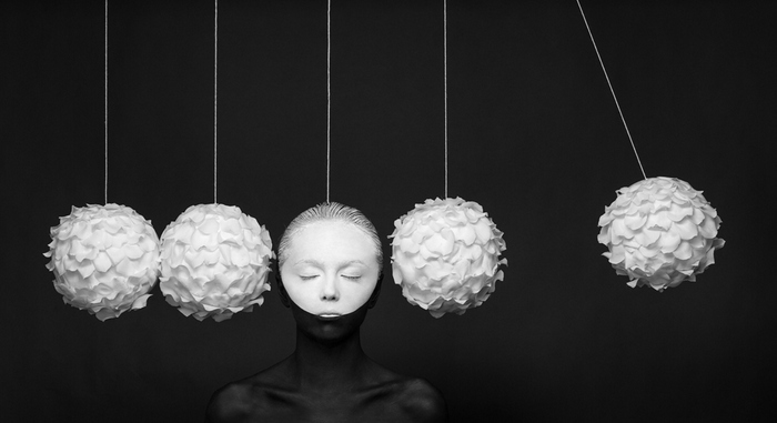 "Newton's cradle © Alexander Khokhlov & Veronica Ershova ""Bloomshapes "" 