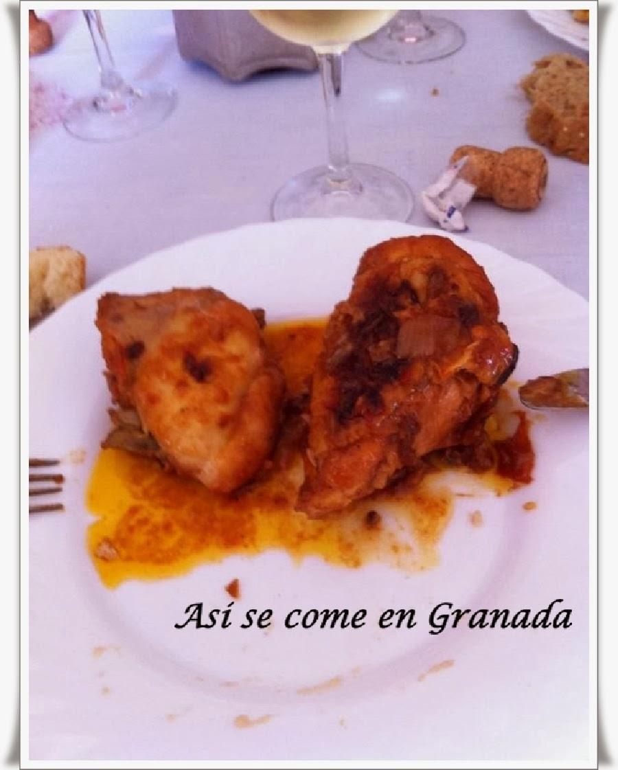 http://www.asisecomeengranada.com/2014/01/pollo-con-pasas-y-orejones.html