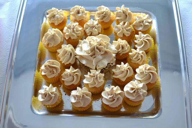 Mini cupcakes de Moka inauguracion Pizzeria Angelo Castello de Rugat logo impresion comestible Sugar Dreams Gandia