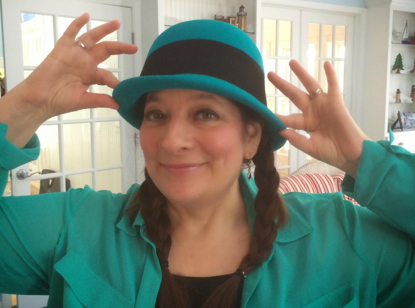 Jamie-Sue%2Bteal%2Bhat%2Blarge.JPG