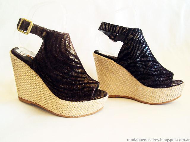 Moda primavera verano 2015. Sandalias de moda 2014 Avance Collection.